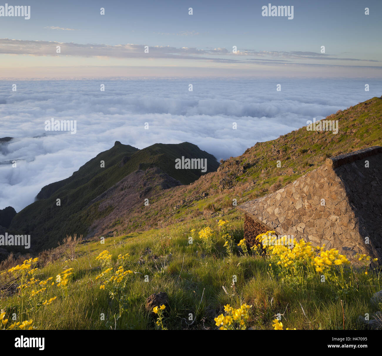 Resting place with Terxeira, sea of clouds, Madeira, Portugal, - Stock Image