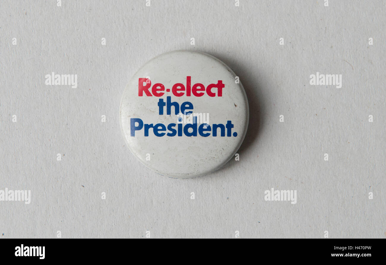 Re-Elect the President pin button badge Presidential Republican election campaign 1972 USA HOMER SYKES - Stock Image