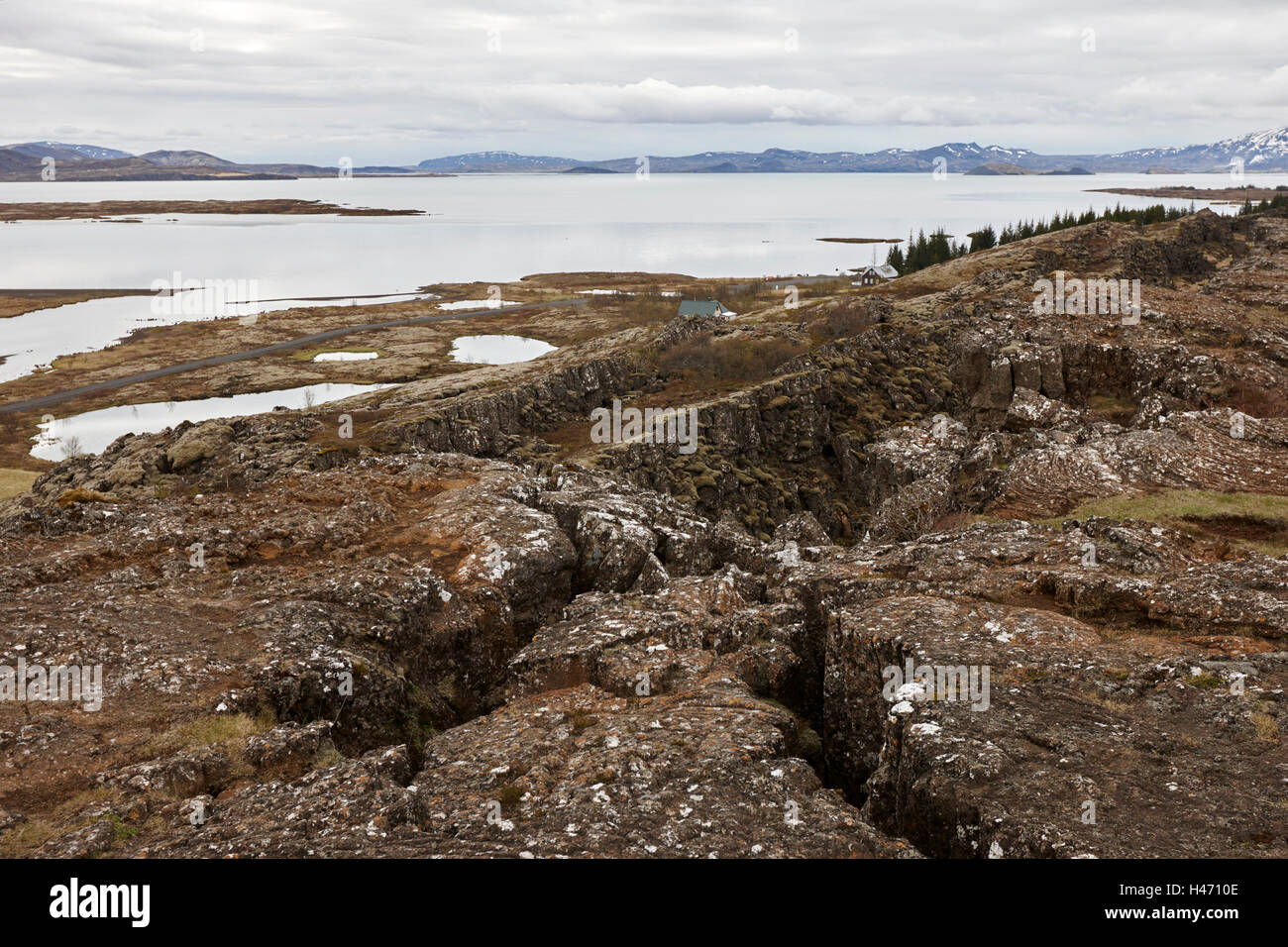 thingvellir lake and fissures in tectonic plates golden circle Iceland - Stock Image