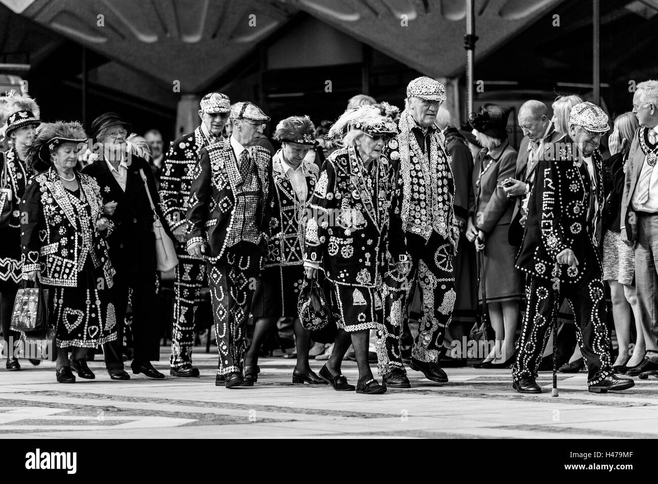 Pearly Kings and Queens Parade Around The Guildhall Yard During The Annual Pearly Kings and Queens' Harvest - Stock Image