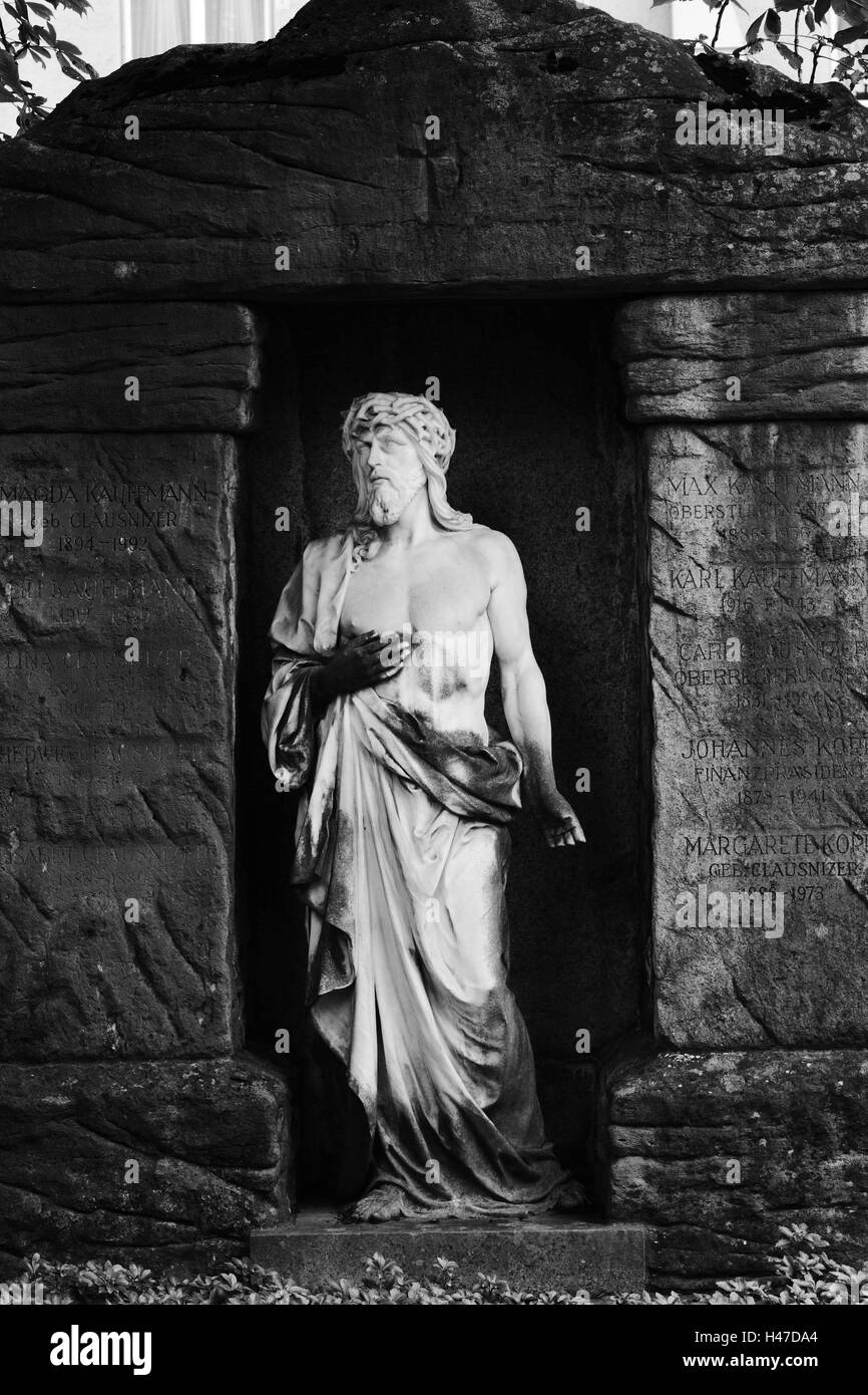 grave yard, grave, statue, Jesus, s/w, - Stock Image