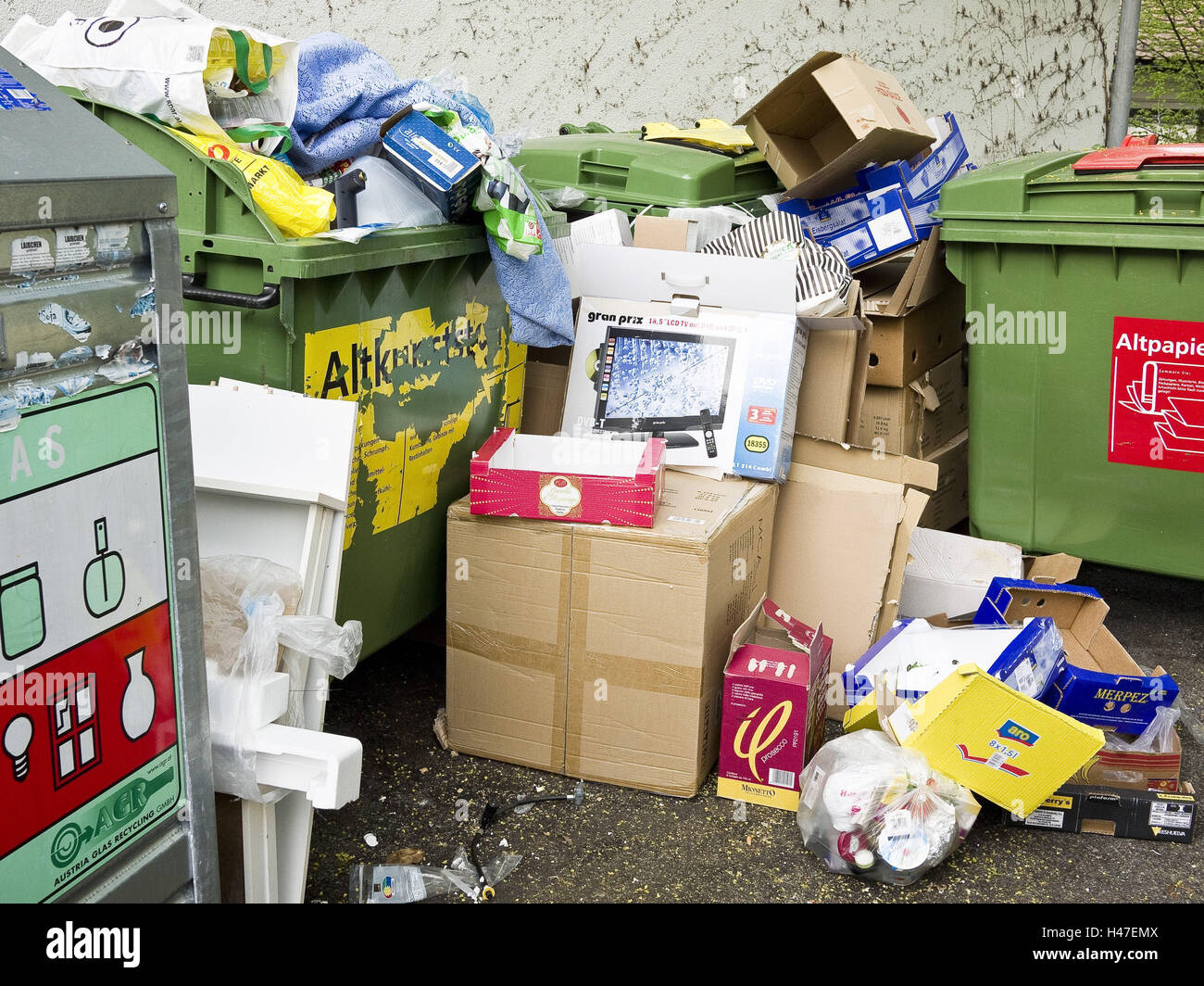 Recycling court, waste paper, mess, waste, Austria, case, Bregenz, container, cardboards, garbage, garbage separation, - Stock Image