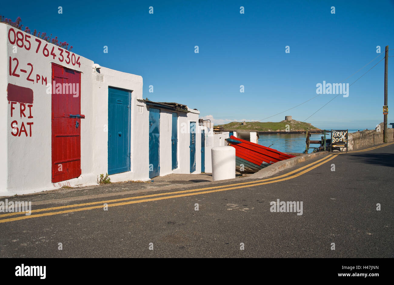 Ireland, Dun Loghaire, house facade in the harbour, - Stock Image