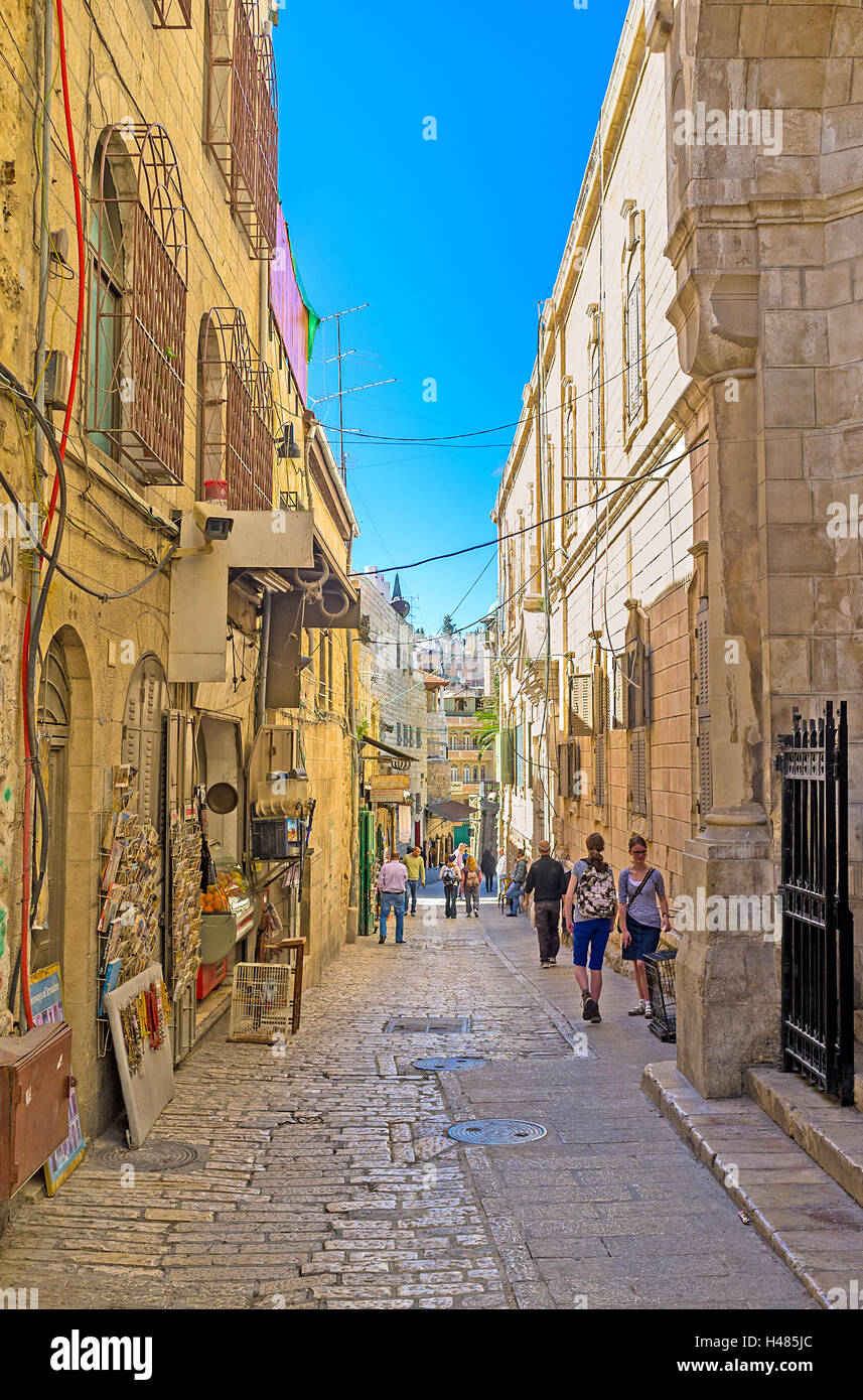 The narrow Via Dolorosa is very crowded during the Christian Holidays and completely empty in low season, Jerusalem - Stock Image