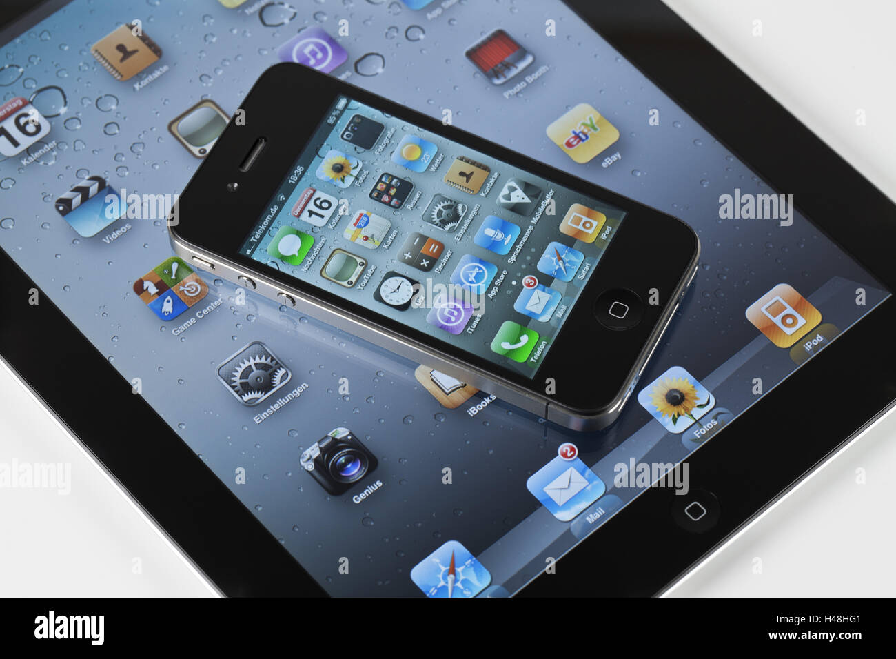 iPad 2, iPhone 4, display, Apps, programs, medium close-up, multi-air function, - Stock Image