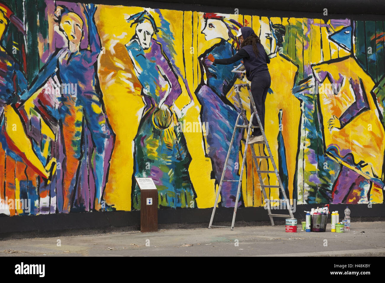 Germany, Berlin, Berlin Wall, artist, paint, town, architecture ...