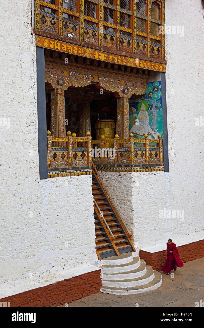 Kingdom of Bhutan, monk in the Punakha Dzong, - Stock Image