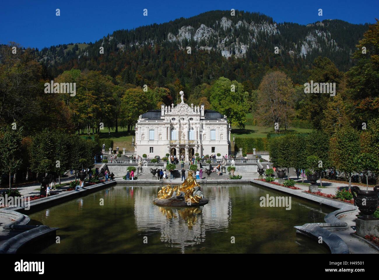 Germany, Bavaria, lock, gentle court, park, well, tourist, autumn, Upper Bavaria, castle building, royal castle, - Stock Image