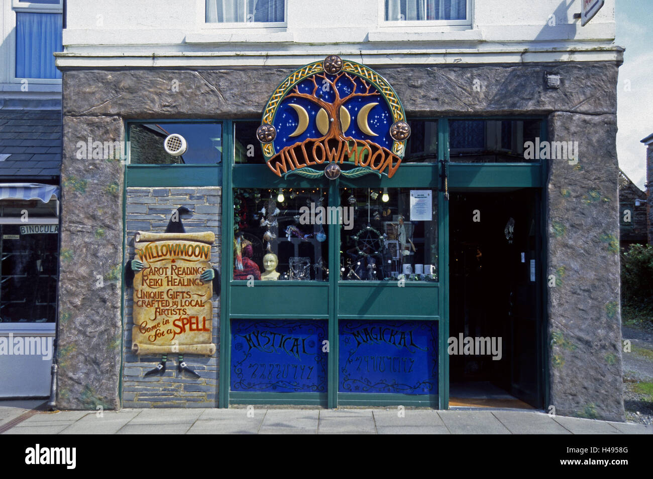 Souvenir business, outside, Tintagel, souvenir business, Great Britain, Cornwall, Willowmoon, witches, mysticism, - Stock Image