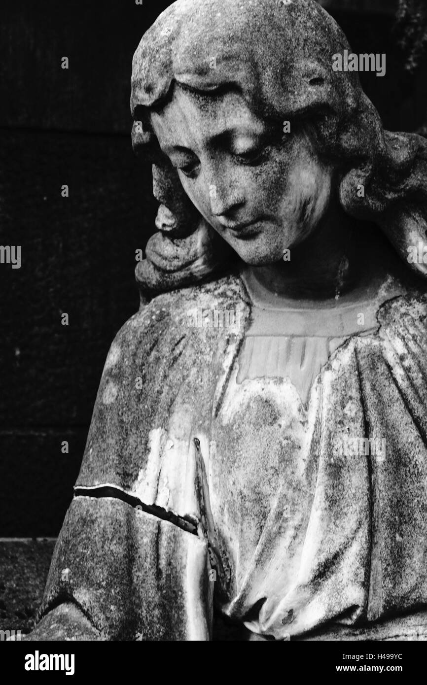 grave yard, grave, statue, female, detail, s/w, - Stock Image