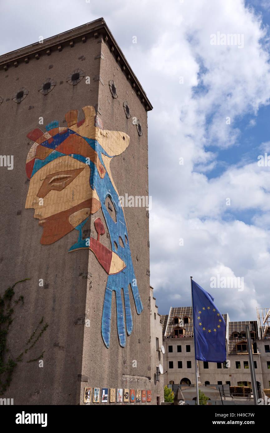 Germany, Saxony, Görlitz, old town bridge and view to Zgorzelec with landmark 'goddess of Europe', - Stock Image