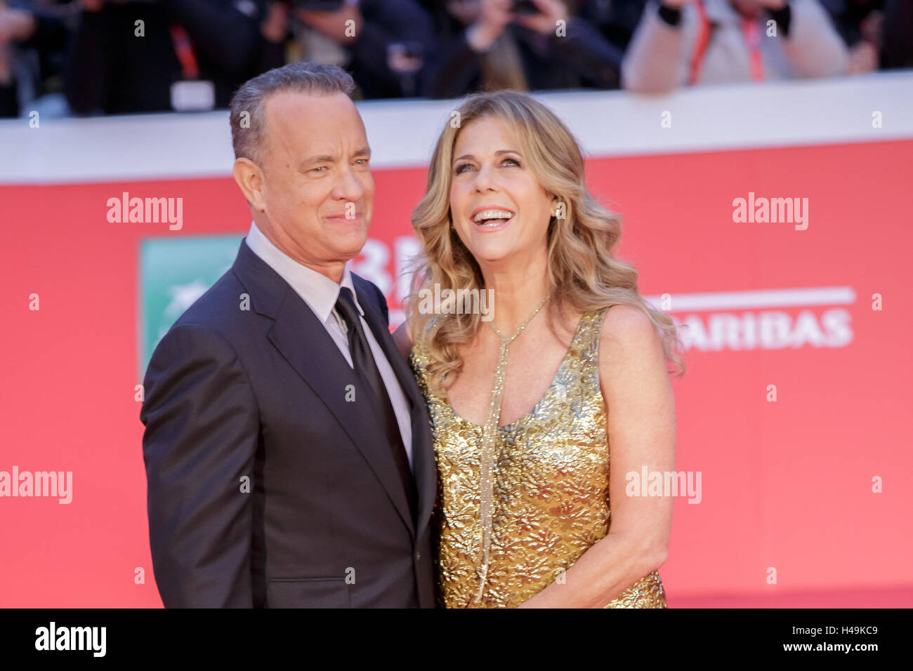 Rome, Italy. 13th Oct, 2016. Host of the red carpet to the auditorium music park with his wife Rita Wilson. The 11th Rome Film Festival will be held from 13th to 23rd October 2016 at the Auditorium Parco della Musica and in other venues throughout the city. The event hosts a large and challenging programmed of screenings, master classes, tributes, retrospectives, panels, and special events. Credit:  Mauro Fagiani/Pacific Press/Alamy Live News Stock Photo