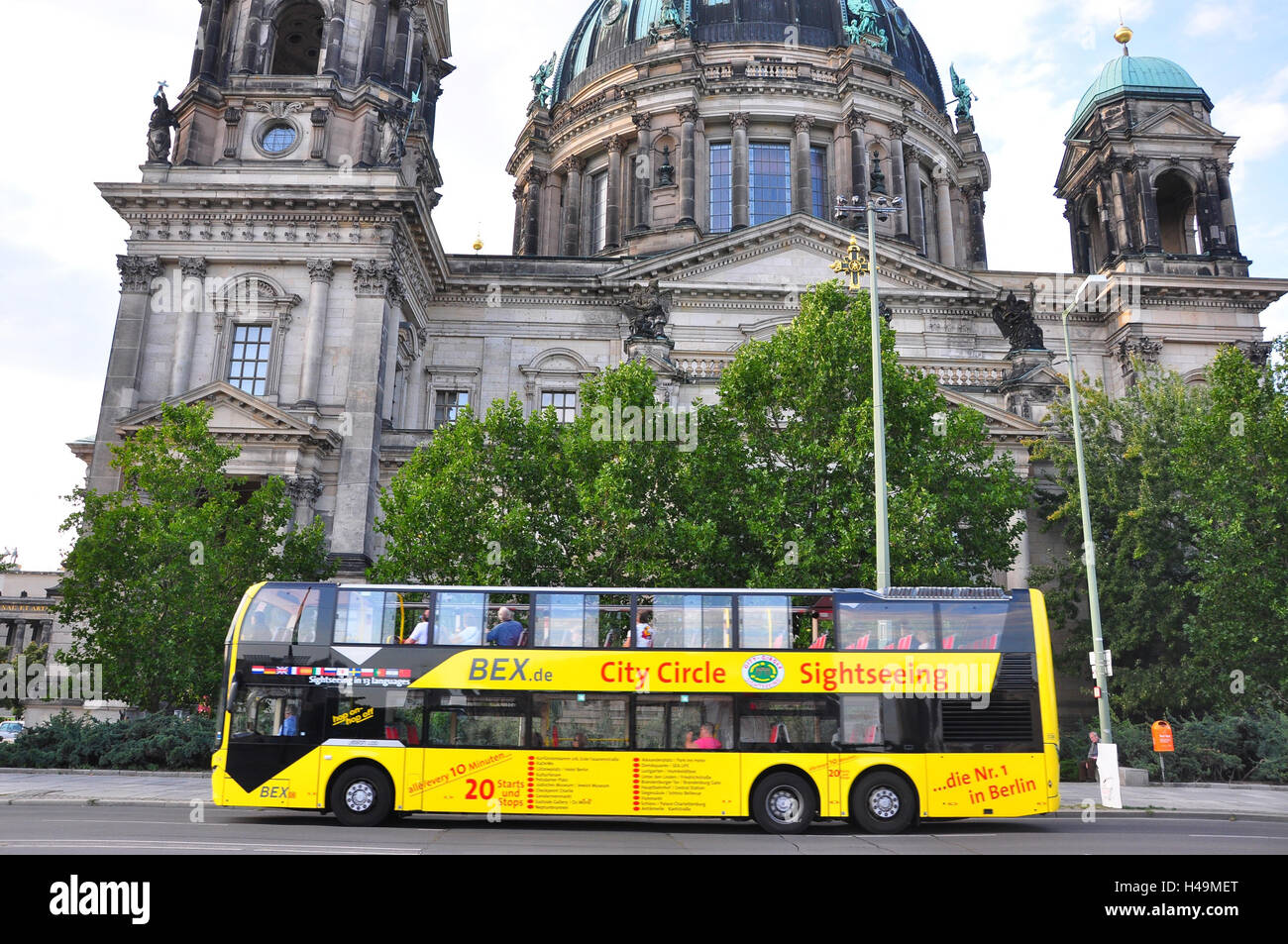 Germany, Berlin, middle, French cathedral, sightseeing bus, - Stock Image