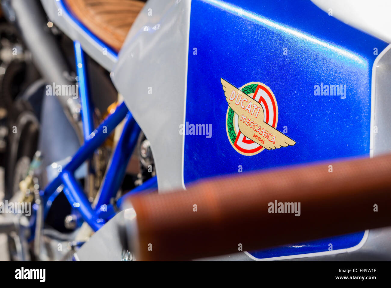 Ducati tank badge detail on a classic desmo racing motorcycle - Stock Image