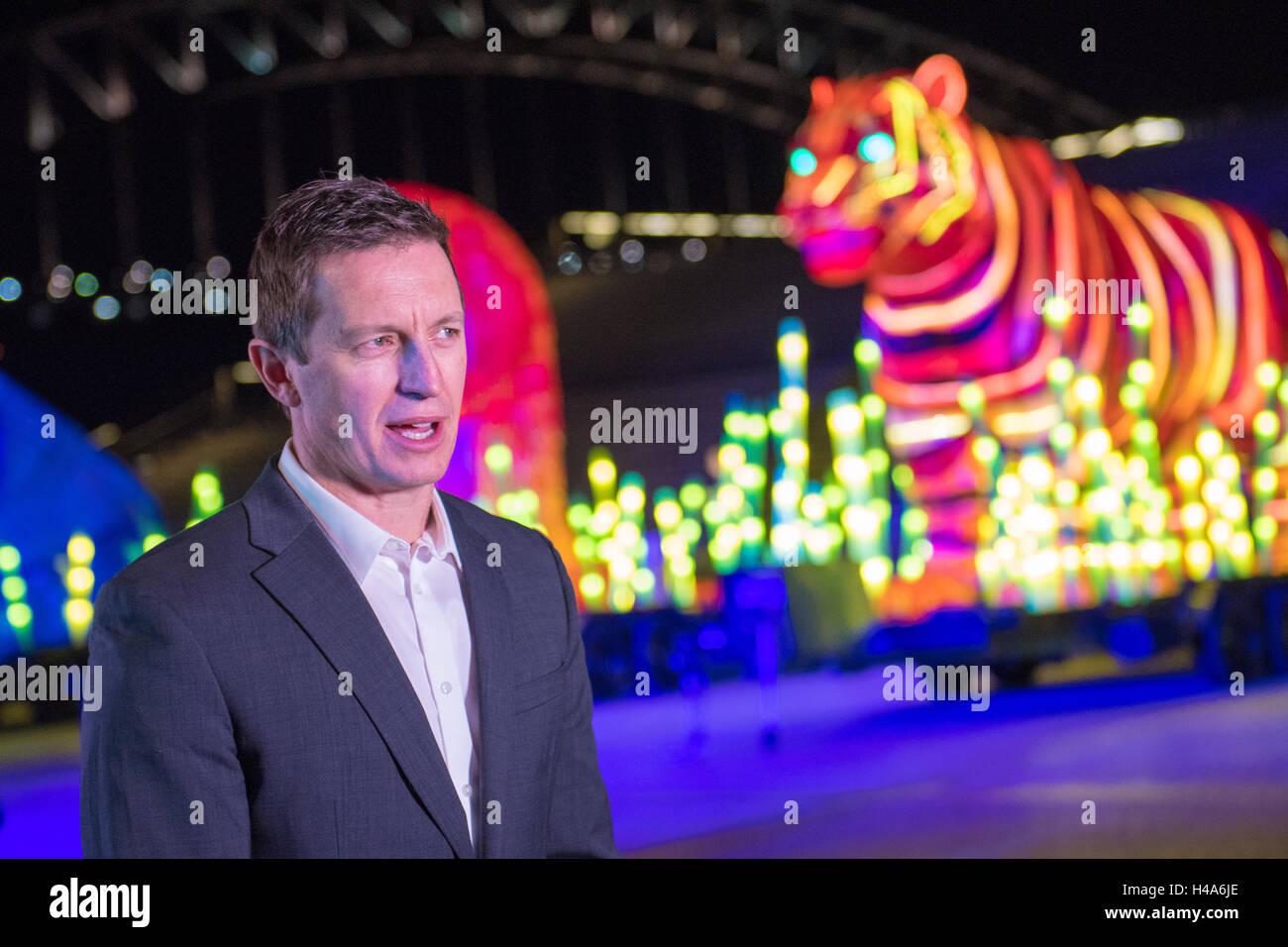 Sydney, Australia - 15th October 2016: Animal Light scupltures lighted the streets of Sydney to celebrate Taronga - Stock Image