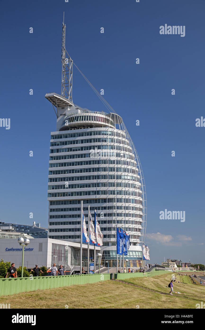 Weser dyke, sunbathing area, Atlantic Sail City Hotel, Germany, Bremerhaven, - Stock Image