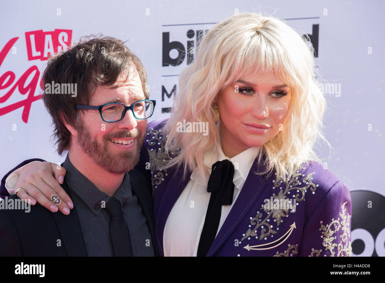 Ben Folds and Kesha attend 2016 Billboard Music Awards at T-Mobile Arena on May 22, 2016 in Las Vegas, Nevada, USA - Stock Image