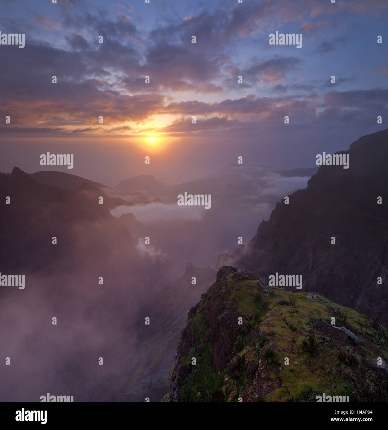 Sunrise at the Miradouro Ninho da Manta, Arieiro, Madeira, Portugal, Stock Photo