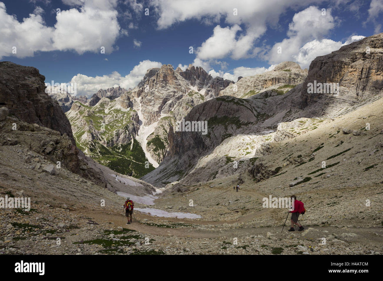 Neunerkofel, Büllelejoch, traveller, South Tyrol, the Dolomites mountains, Italy - Stock Image