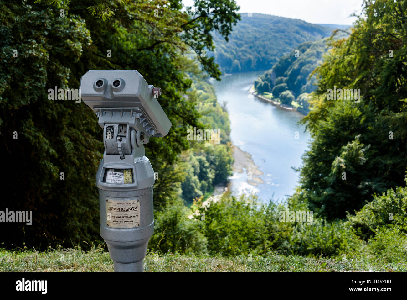Coin operated viewer overlooking the river Danube. - Stock Image