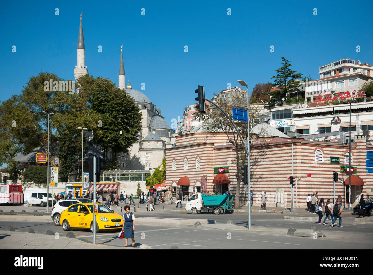 Turkey, Istanbul, Üsküdar, Mihrimah sultan Camii (Iskele Camii) from 1546 to 1548 from the architect Sinan - Stock Image