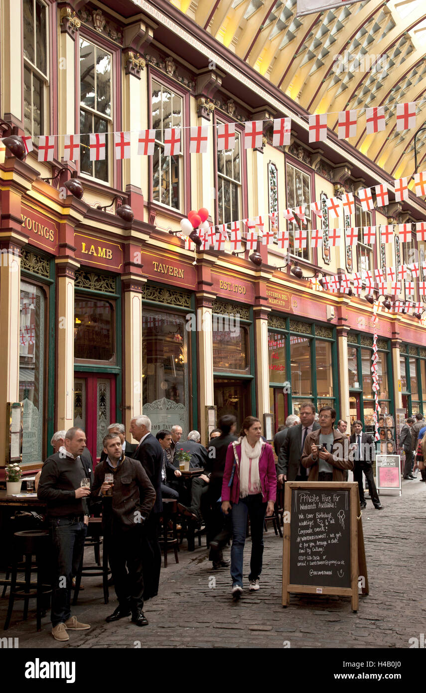 Architecture, city, Leadenhall, market, pub - Stock Image