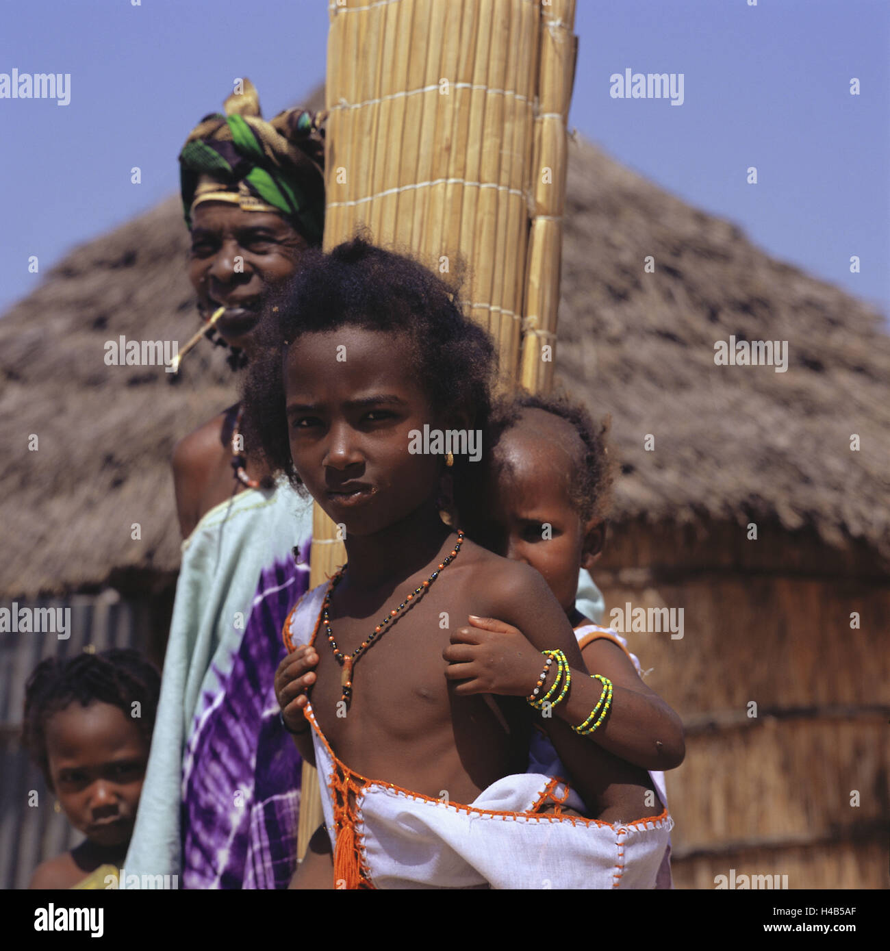Senegalese Tribe Stock Photos & Senegalese Tribe Stock Images - Alamy