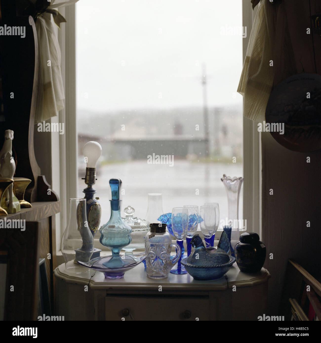 USA, Montana, Libby, antique shop, interior, window, table, glass, Nippes, Stock Photo
