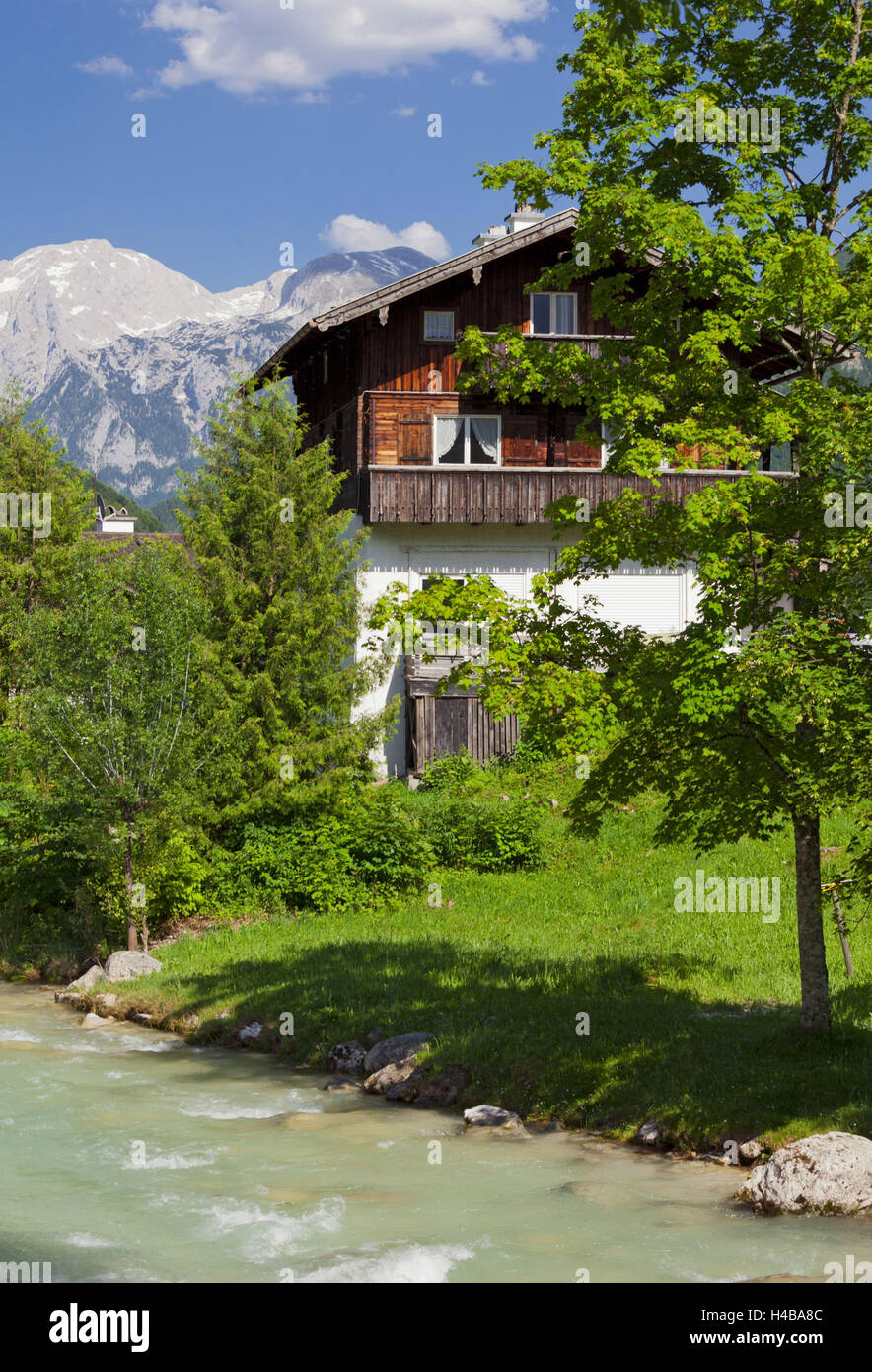 Farmhouse in Ramsau, high Göll, Ramsauer Ache, Berchtesgadener Land district, Bavaria, Germany Stock Photo