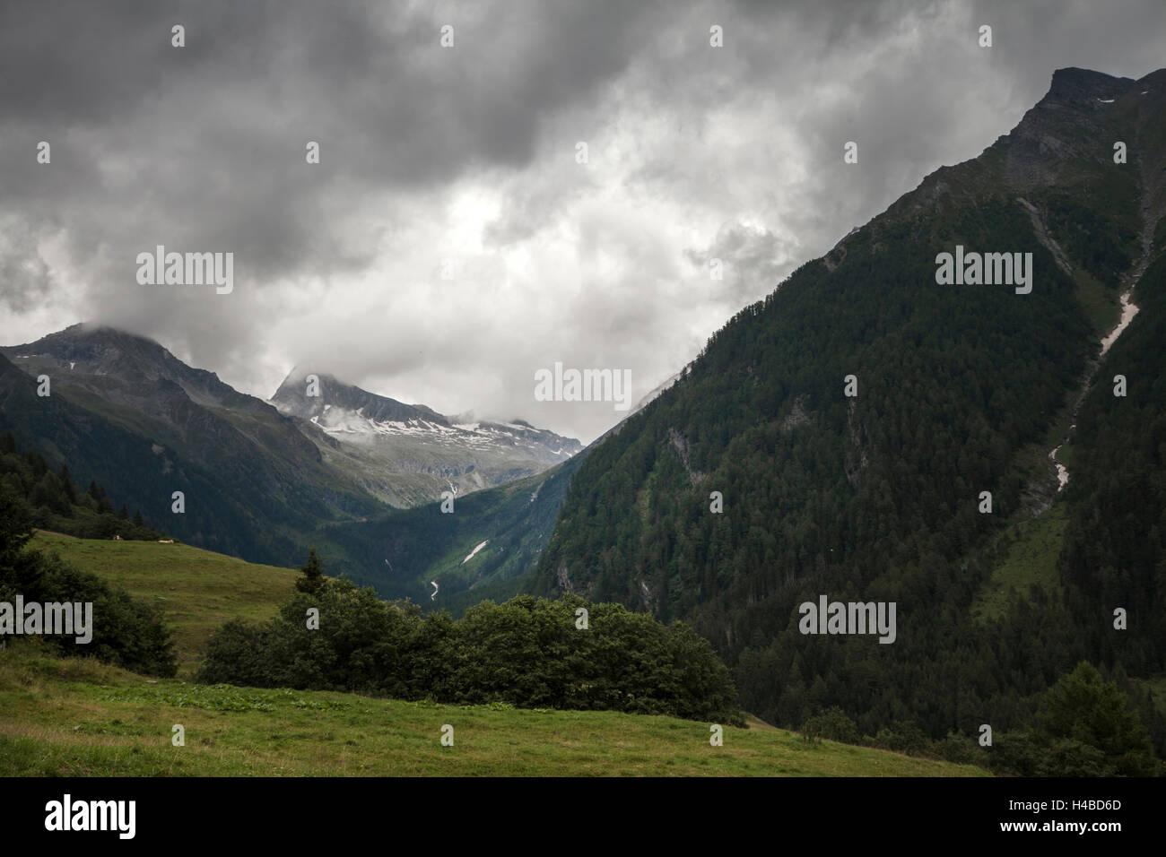 Menacing storm in the Alps - Stock Image