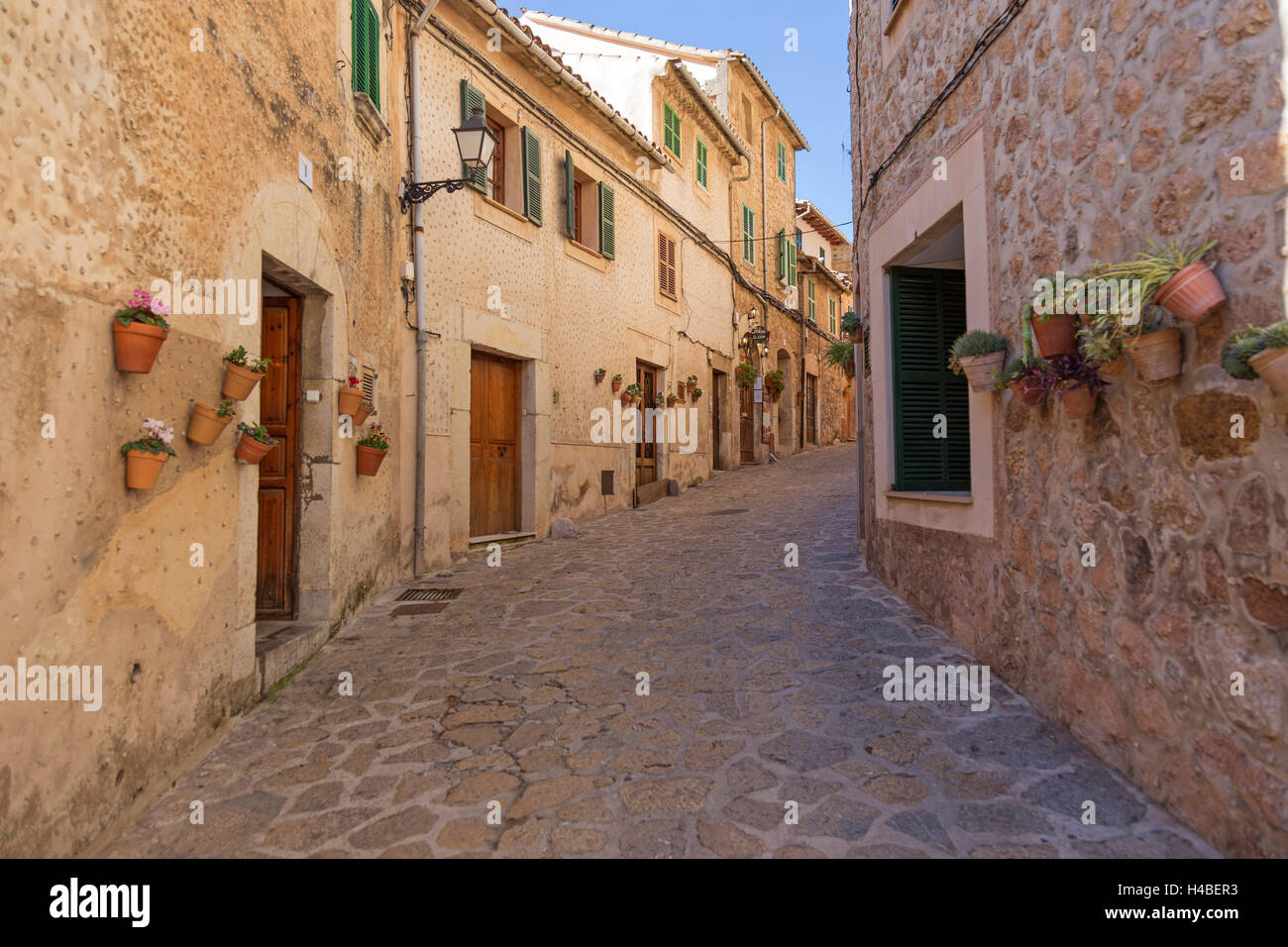 Old Town, alley, residential houses, Valldemossa, island Majorca, - Stock Image
