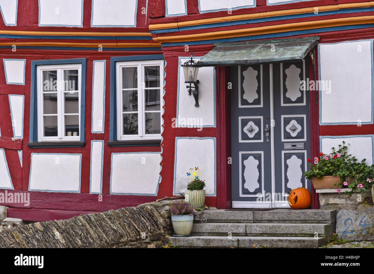 idstein german half timbered house road stock photos idstein german half timbered house road. Black Bedroom Furniture Sets. Home Design Ideas