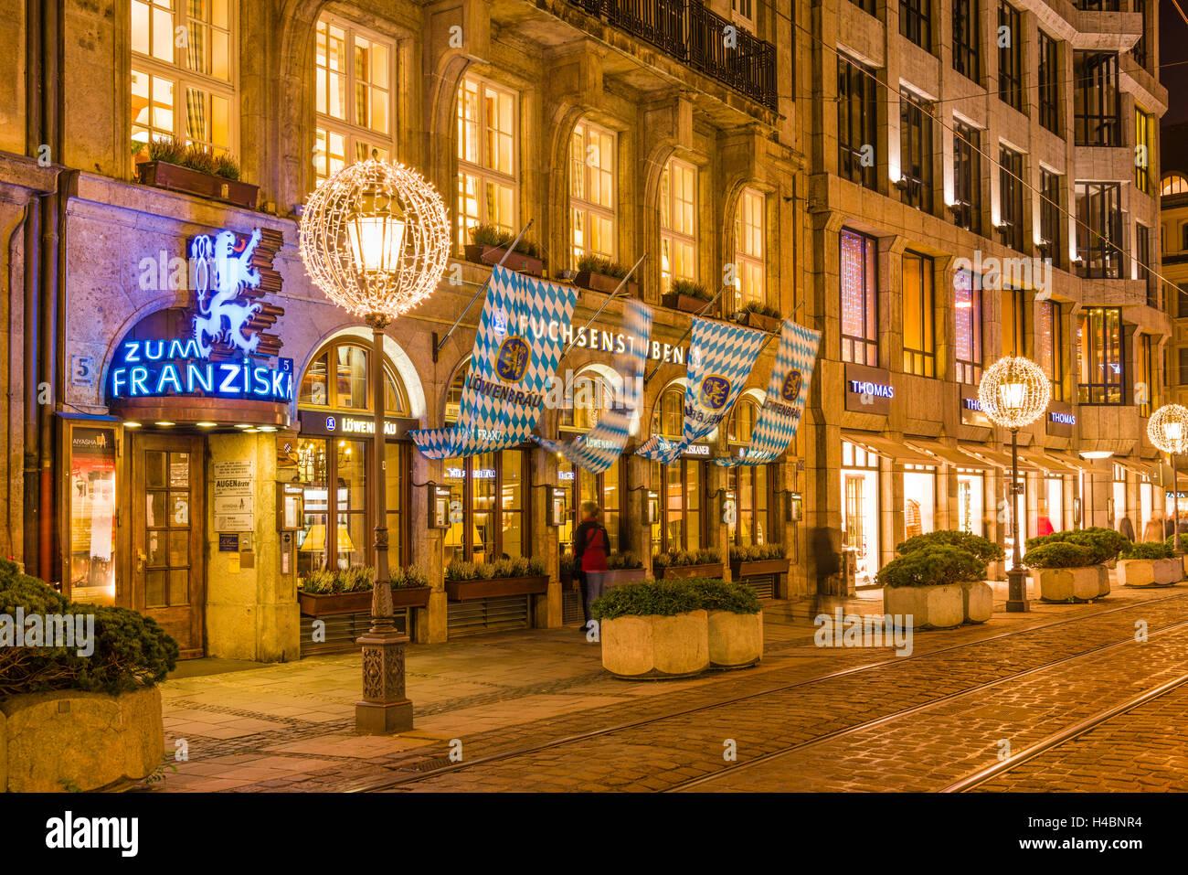 Deutschland, Bayern, Oberbayern, München, Lehel, Perusastraße, restaurant 'Zum Franziskaner', Fuchsenstuben Stock Photo