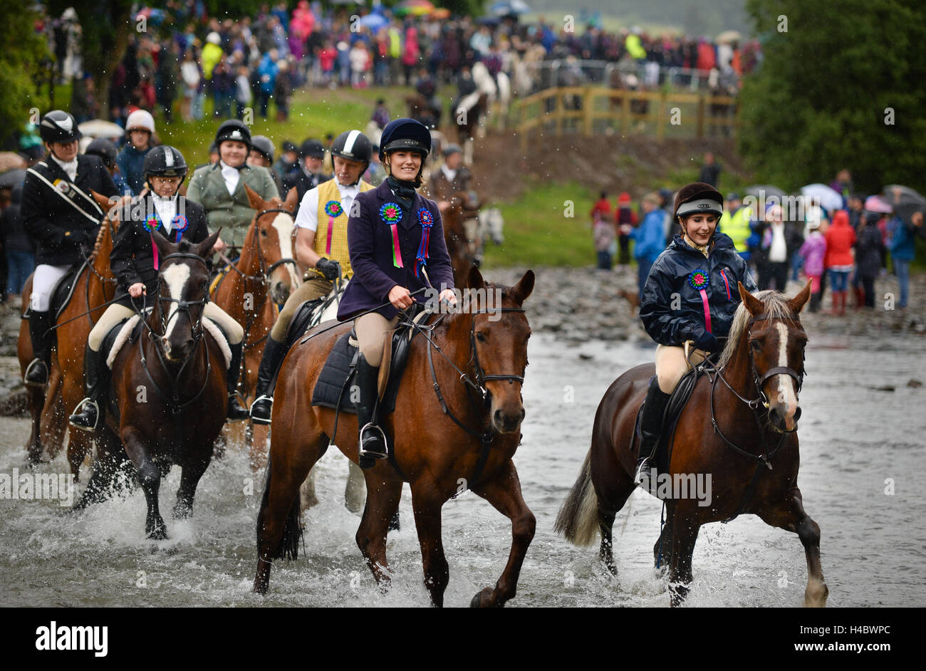 Selkirk Common Riding, crossing the Ettrick Water. - Stock Image