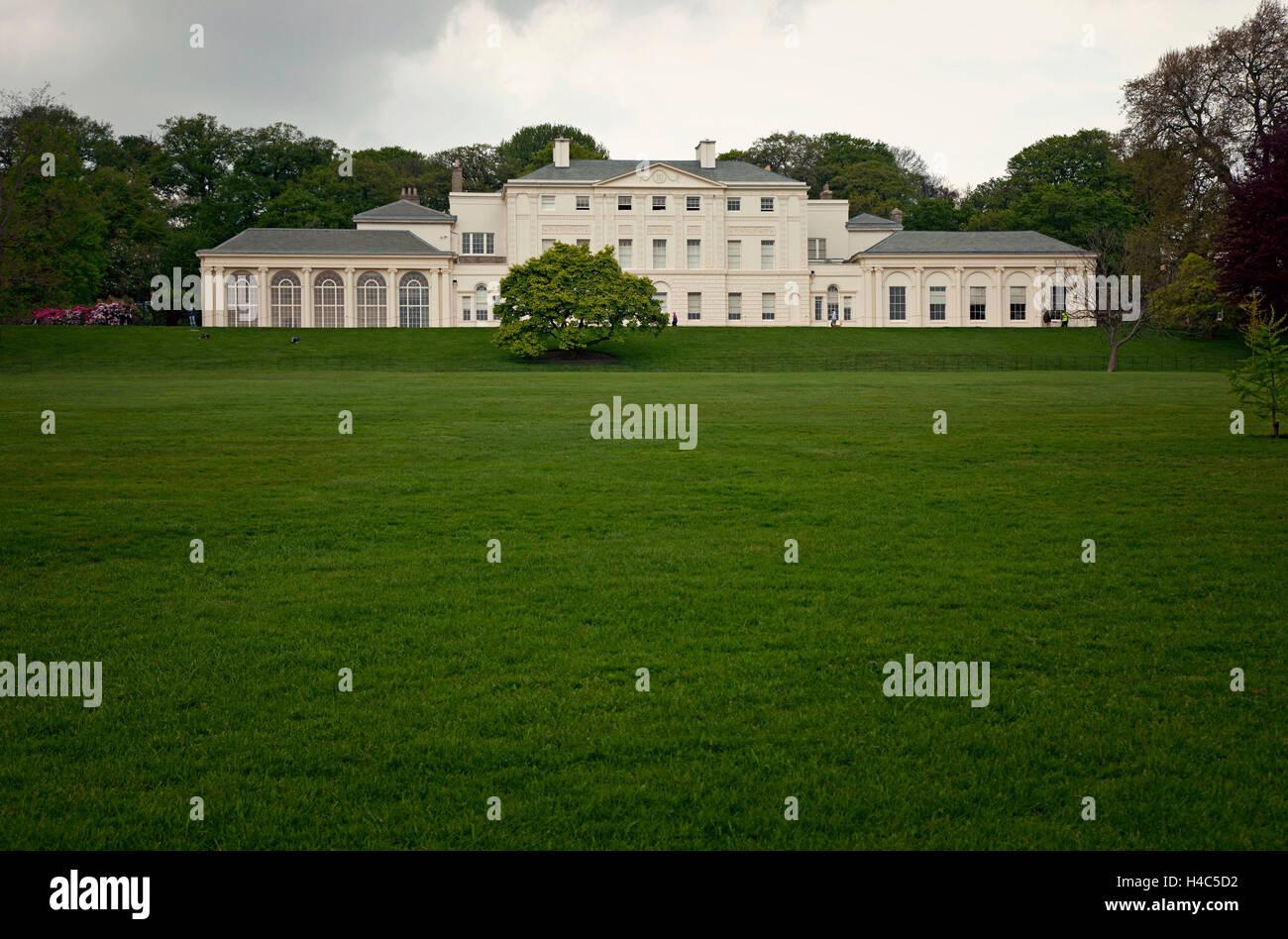 Great Britain, London, Hampstead Heath, architecture, house, grass, park - Stock Image