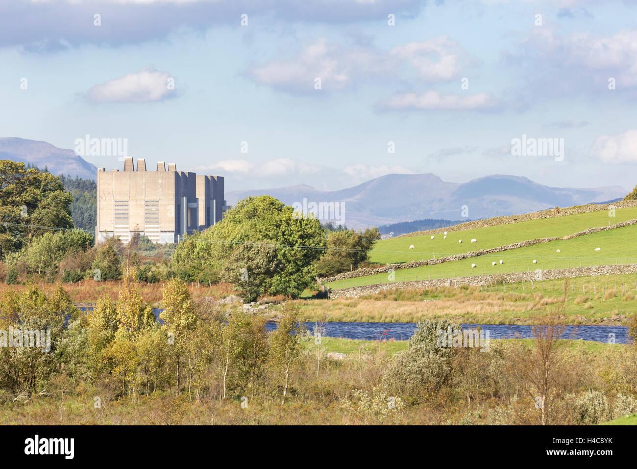 The decommissioned Trawsfynydd Nuclear Power Station, Snowdonia National Park,  Gwynedd, Wales. Stock Photo