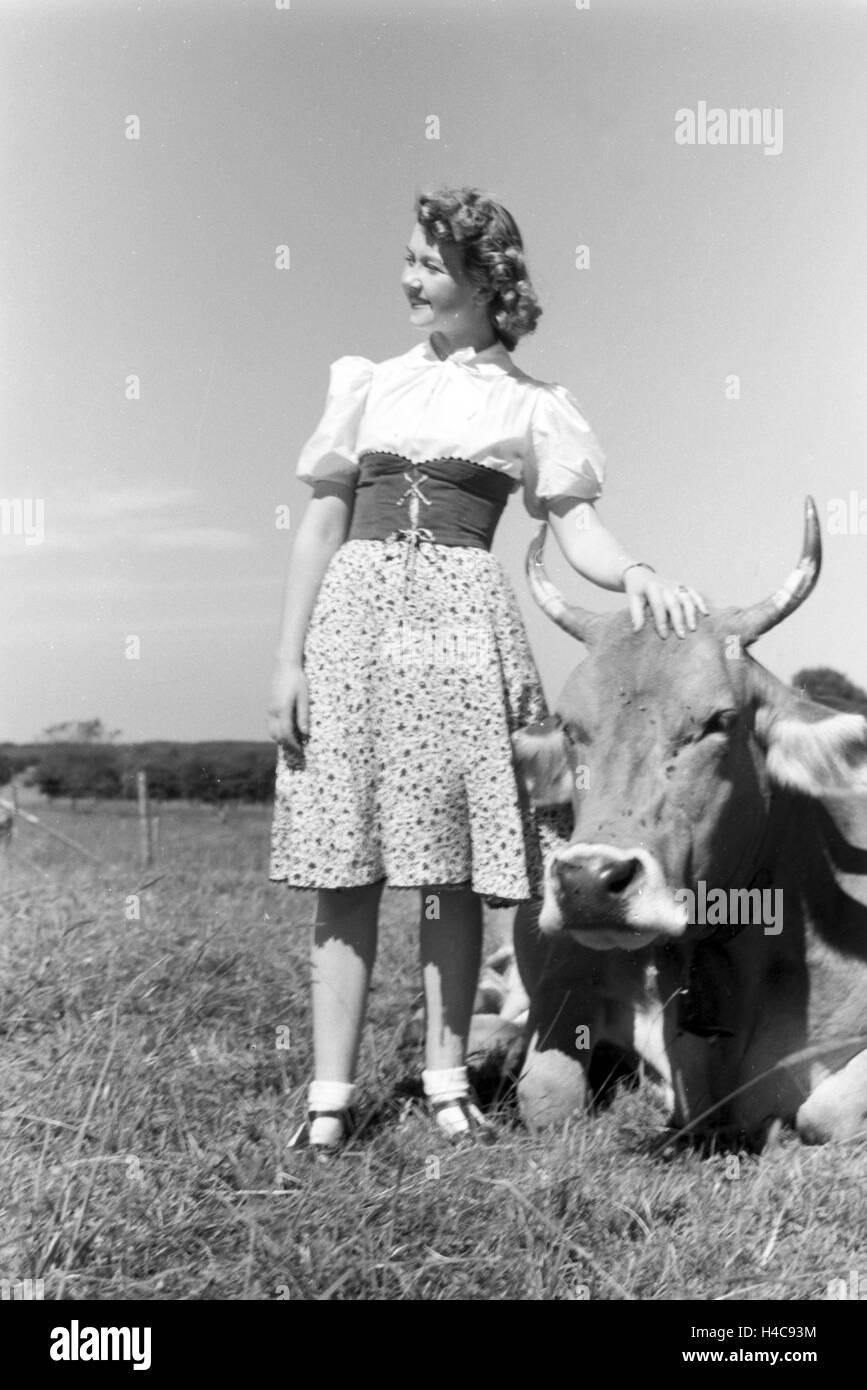 Die österreichische Schauspielerin Gusti Wolf macht Ferien, Deutschland 1930er Jahre. The Austrian actress - Stock Image