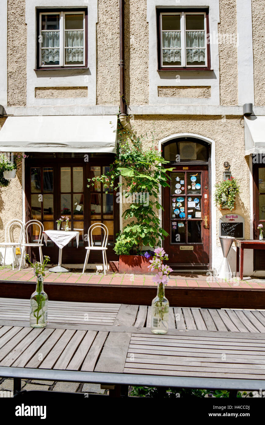 Cash Pit's theatrical café, terrace, Landsberg in Lech, Bavarians, Germany, - Stock Image