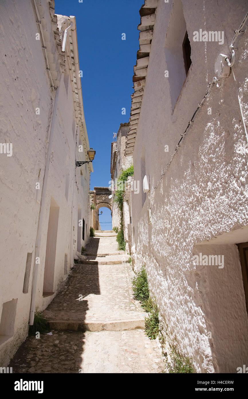 Street in Segura de la Sierra, Jaen Province, Andalusia, Spain - Stock Image