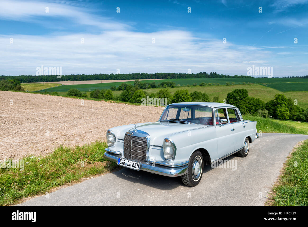 Mercedes 220 Sb, type W 111, year of manufacture 1963, 105 HP Stock ...
