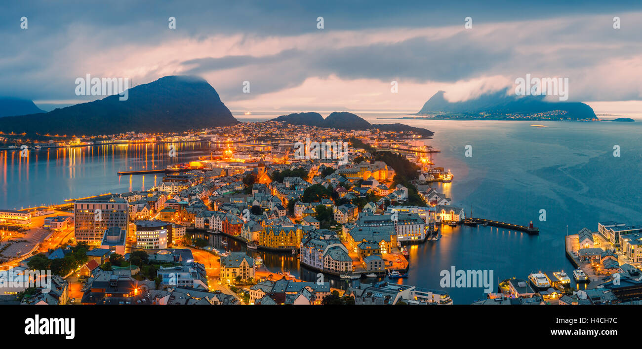 Alesund is a city and municipality in Møre og Romsdal on the west coast of Norway. - Stock Image