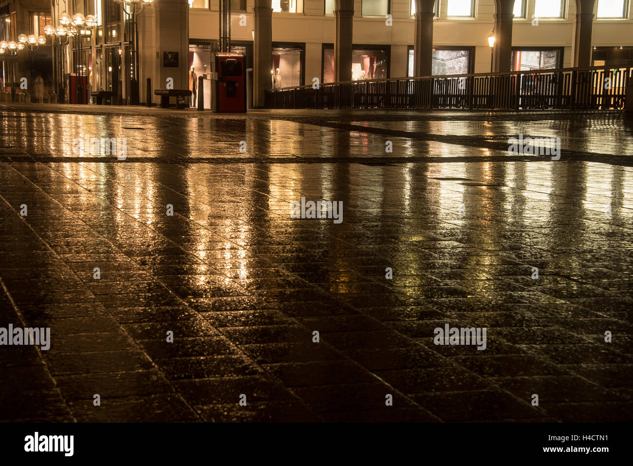 street reflection in the city at night - Stock Image