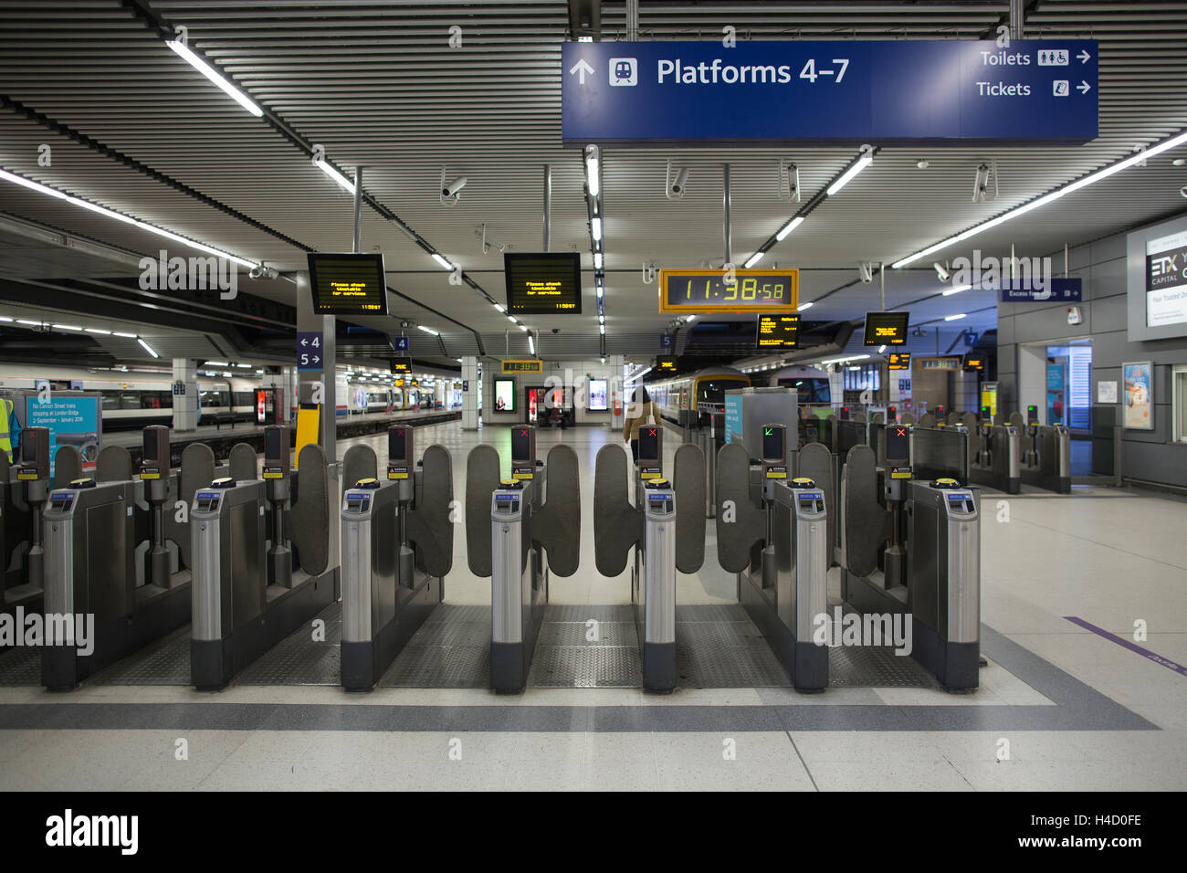 London Cannon Street station, Central London, England, United Kingdom - Stock Image