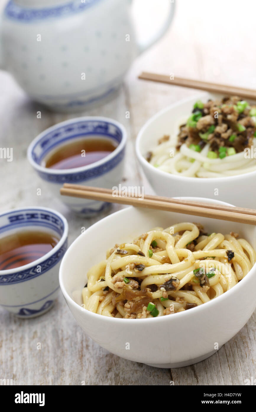 dan dan noodles, chinese sichuan cuisine Stock Photo