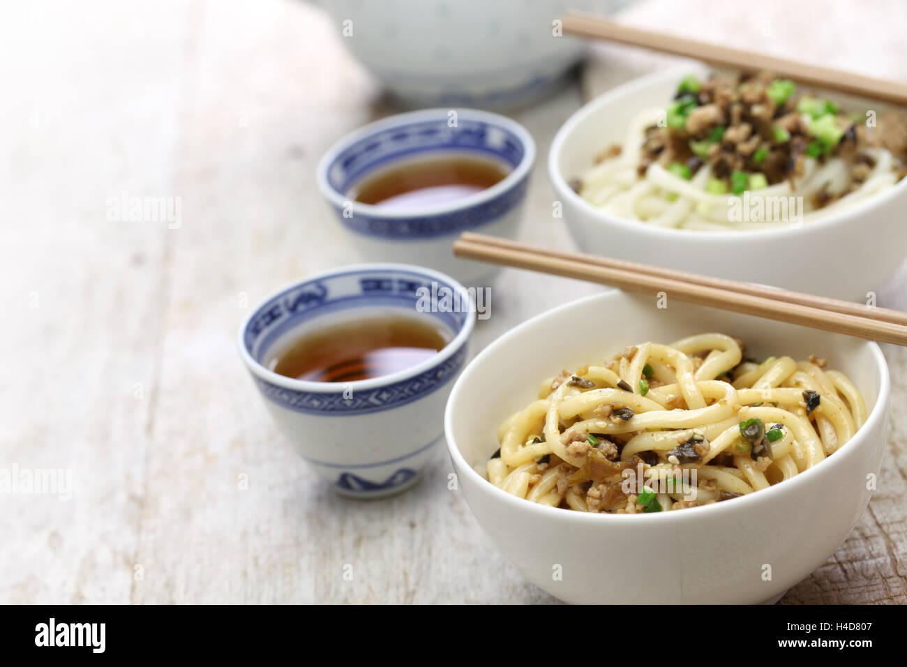 dan dan noodles, chinese sichuan cuisine - Stock Image