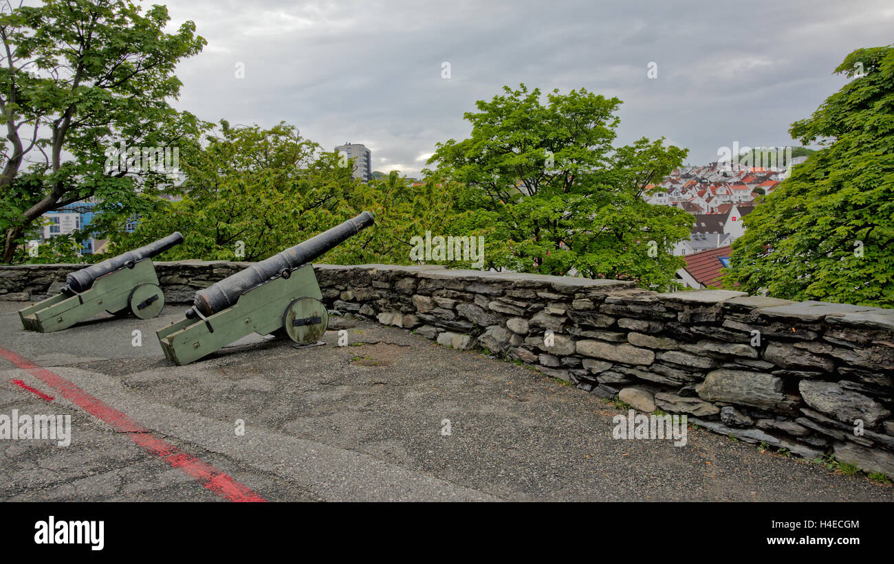 Old cannons aiming over the old town of Stavanger - Stock Image