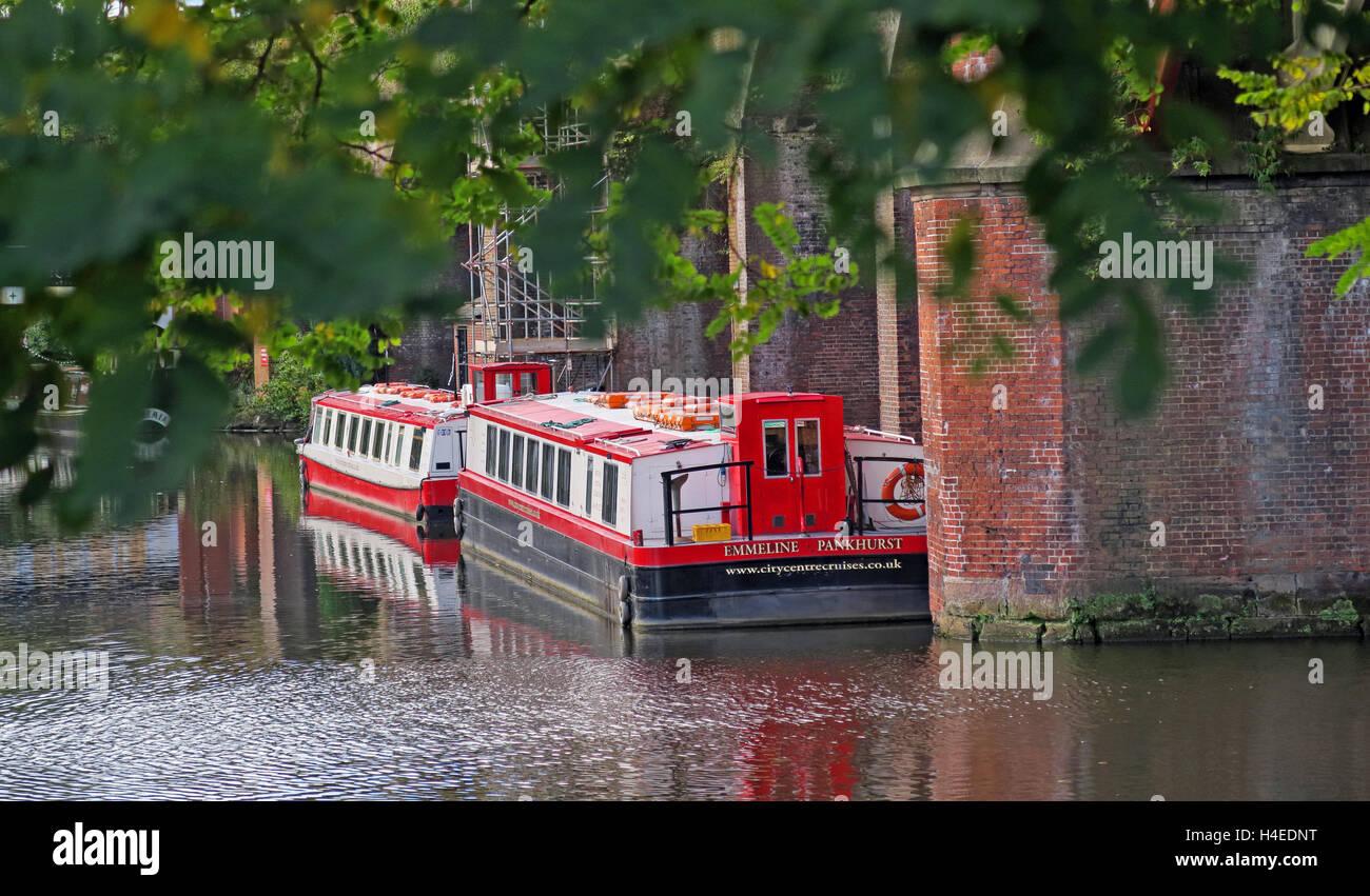 Emmeline Pankhurst barge, Bridgewater Canal, Deansgate, Castlefield, Manchester, North West England, UK - Stock Image