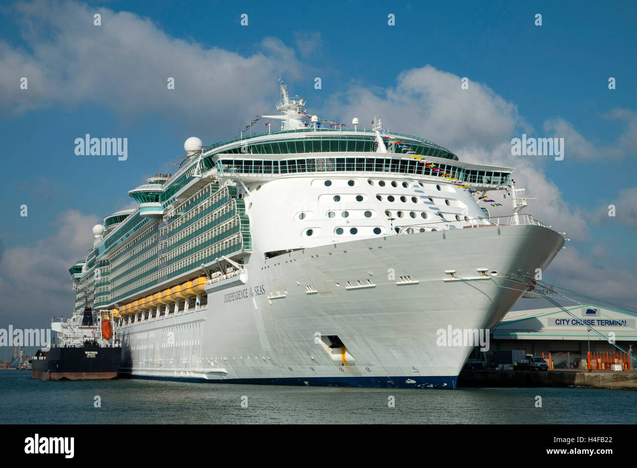 independence of the Seas at the City Cruise Terminal at Southampton before leaving on her latest cruise - Stock Image