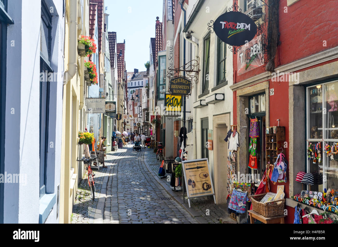 shops in a narrow street of bremen historical centre stock photo 123269267 alamy. Black Bedroom Furniture Sets. Home Design Ideas