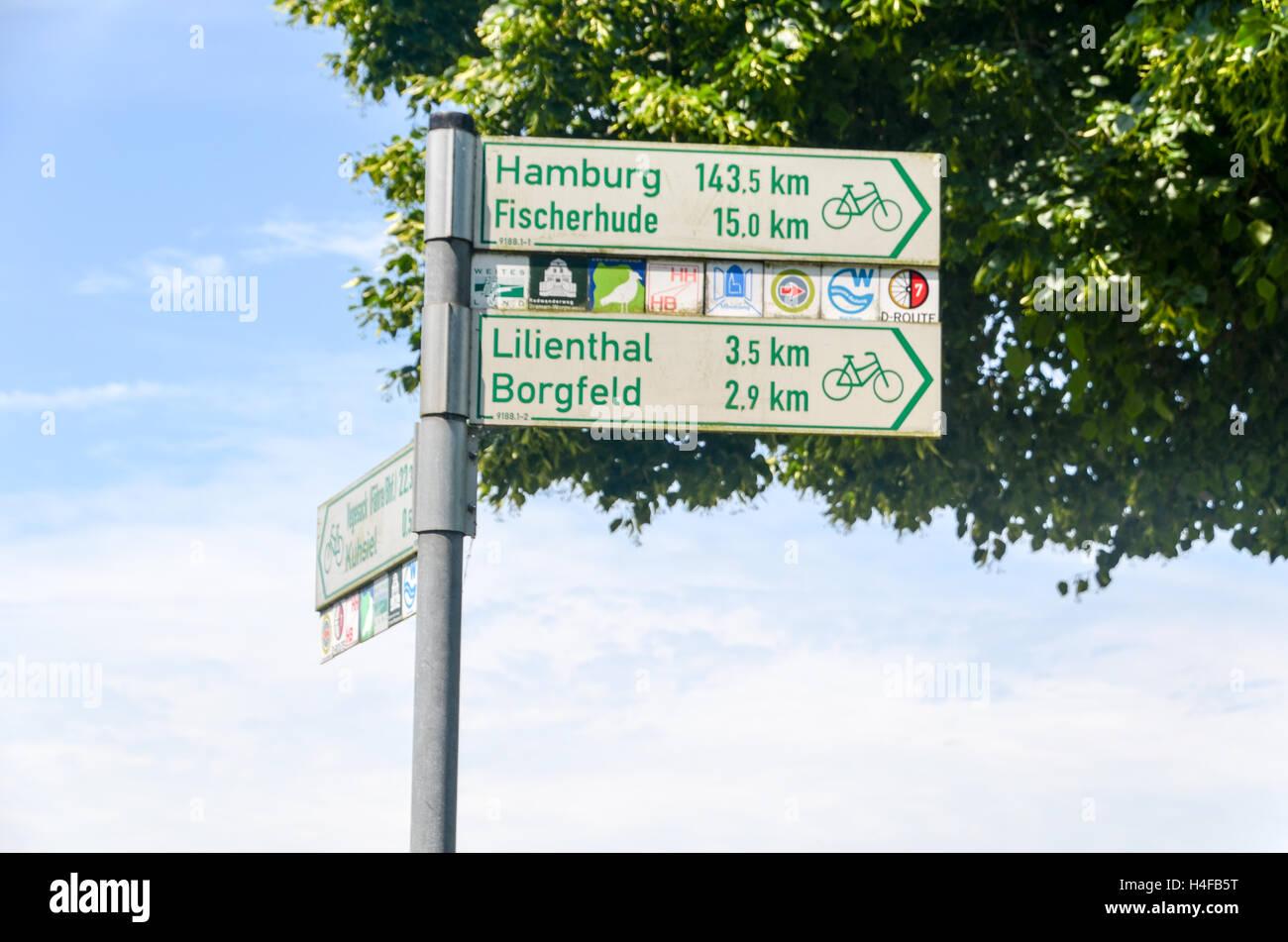 Cycling path between Bremen and Hamburg, Germany Stock Photo